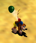 Kazooie usando un Huevo Granada con Disparo de Huevos Hacia Atrás en Banjo-Tooie.png