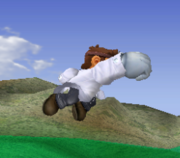 Ataque aéreo hacia adelante de Dr. Mario SSBM.png