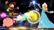 Estela atacando con Destello a Kirby y Diddy Kong en Destino Final SSBWiiU.png