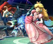 Peach golpeando a Mario SSBB.jpg