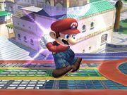 Ataque Smash lateral cargamento Mario SSBB.jpg