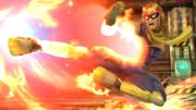 Captain Falcon usando su Patada Falcon en tierra en la Pirosfera SSB4 (Wii U).png