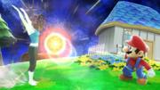 La Entrenadora de Wii Fit haciendo saludo al sol y Mario en Galaxia Mario SSBWiiU.png