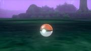 Poké Ball atrapando un Pokémon en Pokémon Espada y Escudo.jpg