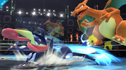 Greninja atacando a Charizard SSB4 (Wii U).png