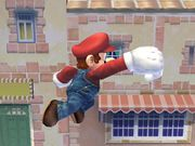 Ataque aéreo hacia adelante (2) Mario SSBB.jpg