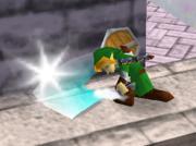 Ataque Smash hacia abajo de Link (2) SSB.png