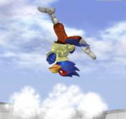 Ataque Smash hacia arriba de Falco SSBM.png