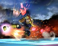Captain Falcon usando Patada Falcon en Super Smash Bros. Brawl