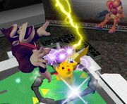 Pikachu usando Trueno SSBM.jpg