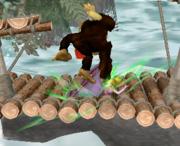 Lanzamiento hacia abajo de Donkey Kong (2) SSBM.png