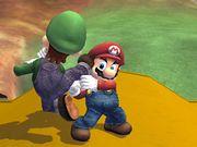 Lanzamiento hacia abajo (1) Mario SSBB.jpg