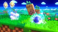 Sonic avanzando con el Torbellino en Super Smash Bros. para Wii U