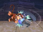 Golpiza Diddy Kong SSBB.jpg