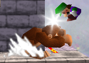 Lanzamiento delantero de Donkey Kong SSB.png
