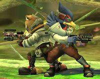 Fox y Falco apuntando hacia ambos lados con su Blaster en Super Smash Bros. Brawl