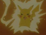 pikachu usando impactureno.