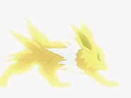 Jolteon usando rayo.