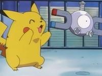 Pikachu tras haberse recuperado junto a Magnemite.