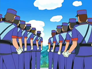 EP505 Hileras de policías.png