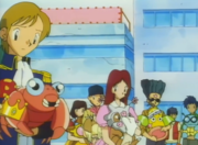 EP028 Pokémon con sus entrenadores.png