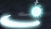 Silvally de Gladion/Gladio usando tajo aéreo.