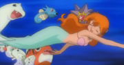 EH02 Misty junto a los Pokémon del gimnasio.png