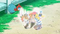 Nebulilla ilumina a Ash, Pikachu y Lycanroc...