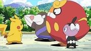 PK16 Darumaka, Drilbur y Gothita junto a Pikachu.jpg
