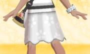 Falda de Flores Blanco.png