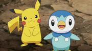 EP608 Piplup y Pikachu.png