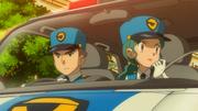 EP806 Policía y Agente Mara.png
