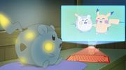 EP969 Holograma de Togedemaru y Pikachu.png