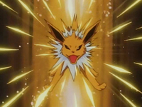 Jolteon usando pin misil.