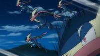 Greninja de Ash usando doble equipo.
