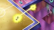 EP712 Pikachu atacando a Ash.jpg