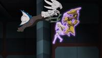 Alakazam de Fabio usando psíquico en un flashback del EP992.