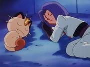 EP066 Meowth y James durmiendo.png