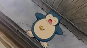 PK03 Pikachu botando en Snorlax.jpg