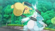 Makuhita usando a bocajarro