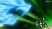 EP774 Ash, Iris y Milllo siendo atacados.png
