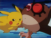 EP133 Pikachu golpeando a Hoothoot.png