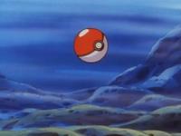 EP006 Poké Ball hundida en el río.png