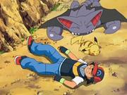 EP556 Ash, Pikachu y Gliscor en el suelo.png