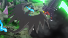 Mega-Garchomp usando golpe bis.