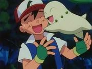 EP152 Chikorita abrazando a Ash.jpg