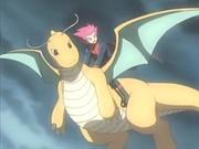 EP374 Lance volando sobre Dragonite.jpg