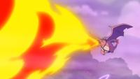 Charizard usando lanzallamas