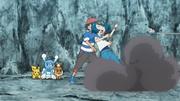 EP1063 Ash ayudando a Nereida.jpg