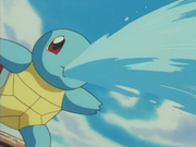 EP076 Squirtle usando Pistola agua.png